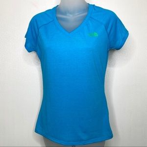 THE NORTH FACE Aqua Teal Lightweight Tee